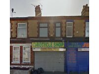 Shop Premises to let with rooms Upstairs