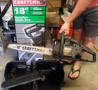 "CRAFTSMAN 18""CHAINSAW LIKE NEW CARRYING CASE ONLY USED SPARINGLY"