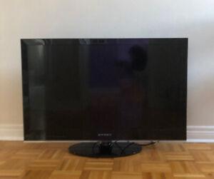 "Dynex 47/"" Black  DX-HTVMM1703-C #1 70/"" Full Motion TV Wall Mount"
