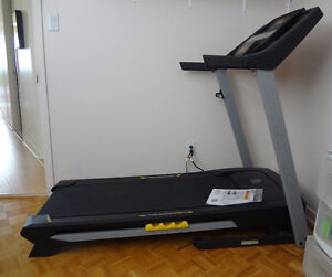 Treadmill Gold's Gym Tapis roulant utilise 15 min. approx.