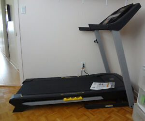 Treadmill Gold's Gym Tapis roulant utilise 15 approx.