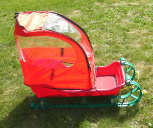 "Baby"" Pelican""sled with removable cover"