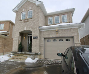 Stunning 4 Bedroom 2.5 Bathroom Home in North End!
