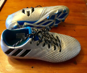 Adidas Kids Messi 16.3 soccer cleats , size 2