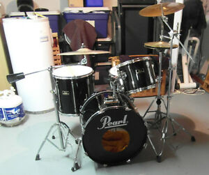 Pearl Export - 4 PC - With Hardware and Cymbals
