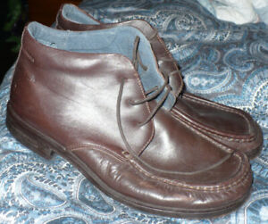 Pair of All Leather Men's Peter Werth Dress Shoes-Import from UK