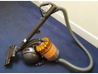 Vacuum Hoover DYSON DC39 ANIMAL (BAGLESS) - used only few times - £125 (New £249)