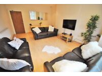 2 DOUBLE BEDROOM FLAT - FULLY FURNISHED IN A GREAT LOCATION - UXBRIDGE UB10 - NOT TO BE MISSED £1200