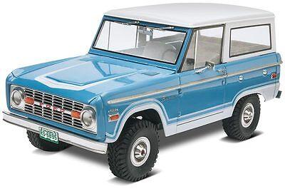 Revell 1/25 1966 FORD BRONCO Plastic Model Kit 85-4320 854320