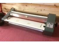 Linea Hot Roll Laminator DH-650