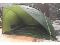 GELERT BONDAI FISHING BIVVY SHELTER / TENT