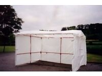 WALK-IN MARKET STALL INCLUDES SHEETS AND CLIPS 3M x 3M USED