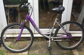 Women's/girls bicycle for sale, good condition