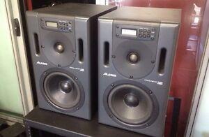 Alesis Pro Linear DSP 7 Studio Monitors w/ Hardcases Peakhurst Hurstville Area Preview