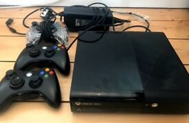 £65 X Box 360 in excellent condition, 2 years old, lightly used