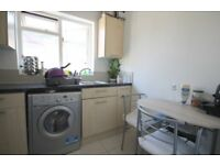 BRIGHT AND SPACIOUS (TWO) 2 BED/BEDROOM FLAT - TURNPIKE LANE N8