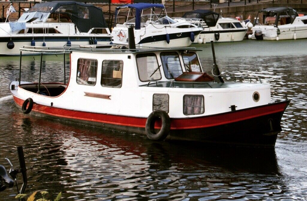 Dutch Barge, work boat , live aboard , river boat   London home , work  vessel , | in Hackney, London | Gumtree