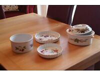 Evesham gold table to oven crockery