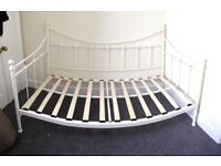 Beautiful Single Daybed For Sale