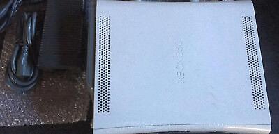 Microsoft Xbox 360 Pro Launch Edition Matte White Console -Cables, Works Fine!!