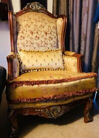 VINTAGE GOTHIC VICTORIAN GOLD FLORAL BROCADE BAROQUE READING CHAIR