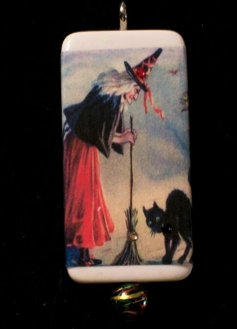 OLD WITCH AND CAT VINTAGE POSTCARD DOMINO PENDANT