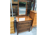 Vintage Dressing Table with mirror, in good condition. Lovely condition and detail.