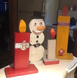 3 Candles&1 Snowman made of wood