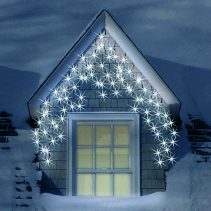SNOWTIME LED Snowing Icicle Lights With Memory Chip 900 Bulb White ...