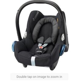 Brand new Maxi cosi cabriofix Baby seat with tags and box