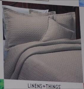 BNIB LNT Supima Soft King-size Quilt Kitchener / Waterloo Kitchener Area image 1