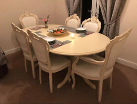 Shabby chic dinning table and chairs
