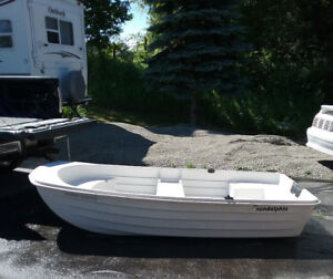 Inexpensive fiberglass boat tender / dinghy