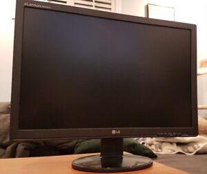 "22"" LG Computer Monitor (flatron w2242tq-bf)"