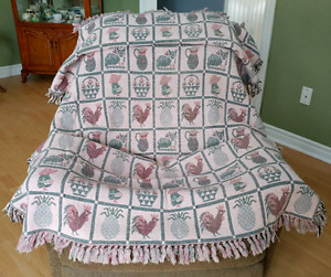 Fringed Pink Country Throw