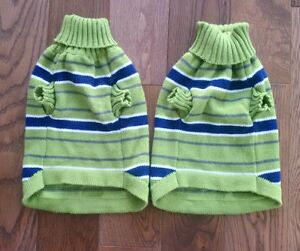 PICKLE GREEN AND NAVY DOG/CAT SWEATERS - Size Small, Never Worn Cambridge Kitchener Area image 2