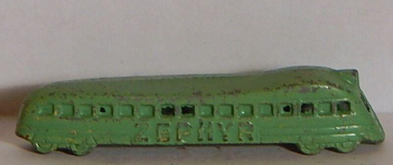 VINTAGE ZEPHYR TOOTSIE TOY TRAIN 1930 CRACKER JACK PRIZE green JAPANNING