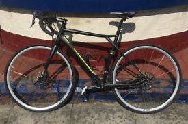 GT Grade AL Claris 2015 Medium Road Bike + FREE cycling shoes (selling due to move)