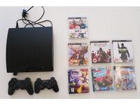 Sony Playstation 3 Slim + 2 controller + 7 games