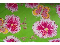 Fabric 100mtrs roll flowers