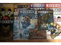 21 JUDGE DREDD 2000AD COMICS + 8 JUDGE DREDD MEGAZINES + PULL OUTS £50