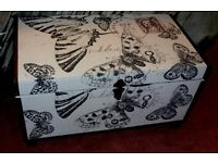BLANKET BOX MODERN NATURAL LINEN WITH BUTTERFLY DESIGN