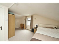 A fantastic five bedroom house ideal for students less than 10 mins to 2 underground stations