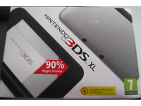 Nintendo 3DS XL in silver and black, like NEW