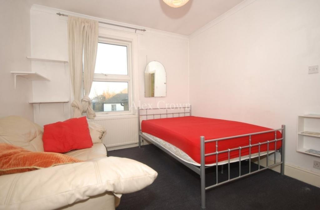 1 bedroom in Blackstock Road, Finsbury Park