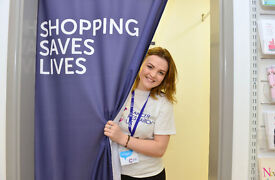Cancer Research UK Shop Volunteer – Muswell Hill
