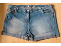 Ladies New Hotpants Faded Denim Blue Shorts with Upturned Hemlines.Size 22.