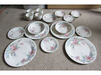 Royal Doulton, Royal Kent, Barratts of Staffordshire Assorted Dining Sets