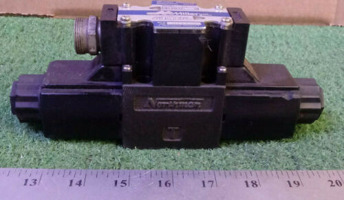 1 USED MILLER SWH-G02-C2-A120-10 SOLENOID OPERATED DIRECTIONAL VALVE