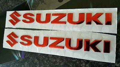 SUZUKI TANK BADGE CHROME DOMED RASIN TANK BADGE